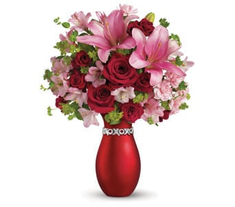 XOXO Enchanting for flower delivery new zealand wide