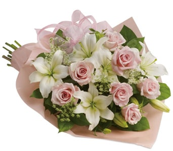 Pinking of You in Brisbane Cbd , Florists Flower Shop Brisbane