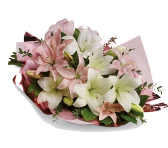 Lovely Lilies for flower delivery United Kingdom wide