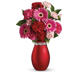 XOXO Blush for flower delivery new zealand wide