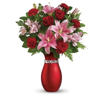 XOXO Nouveau for flower delivery New Zealand wide