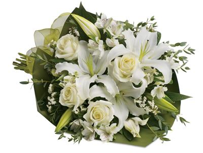 Simply White in springwood , mountain mist florist