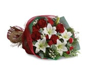 Christmas Elegance for flower delivery Australia wide