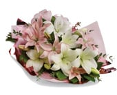 Lovely Lilies in woonona , florist works woonona flowers