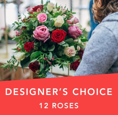 Designer's Choice Dozen Roses in SEA LAKE , FARMYARD FLOWERS