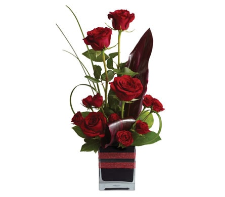 Rose Romance for flower delivery New Zealand wide