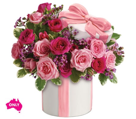 Hats Off To Mum in Nowra , Hyams Nowra Florist